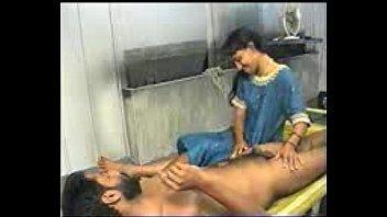 Молодая элайза ибарра загнала страпон в шикарную щелку