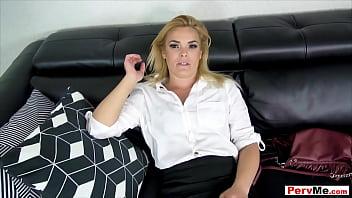 Бесплатное порно видео с мамкой друга