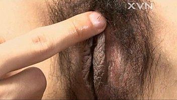 Негр дал тонкой тёлке от сосать зад и большим пенисом от трахал её в киску и очко