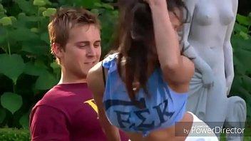 Пикапер шикарно от трахал русскую студентку в первый славный день знакомства