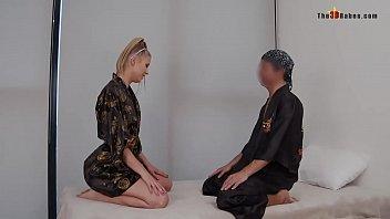 Сексуальная гимнастка трахается с хахалем по окончании свидания
